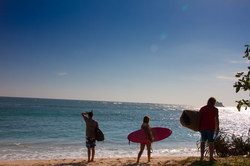 the-sidewalk-secrets-surf-travel-blog-sri-lanka-midigama-surf-1