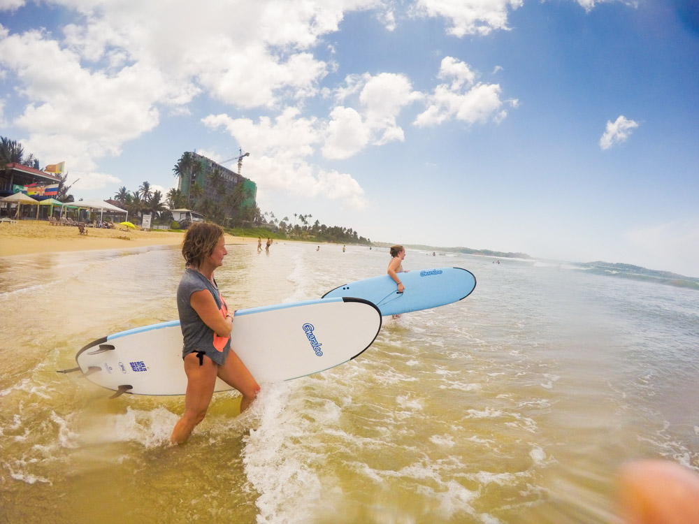 the-sidewalk-secrets-surf-travel-blog-sri-lanka-welligama-surf-instructor-9