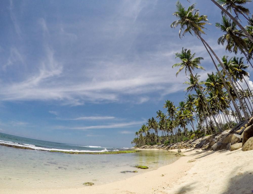 the-sidewalk-secrets-surf-travel-blog-sri-lanka-midigama-go-pro-3