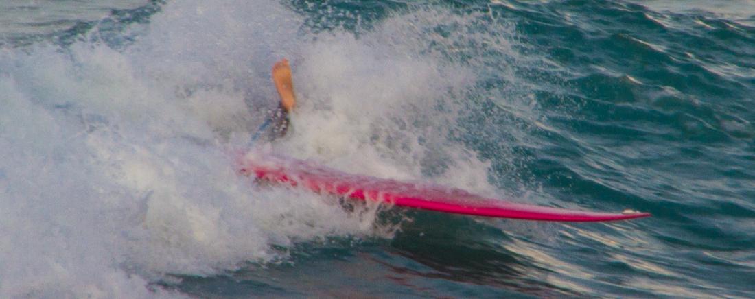 the-sidewalk-secrets-travel-blog-surf-sri-lanka-midigama-mirissa-surfing-sunset-9