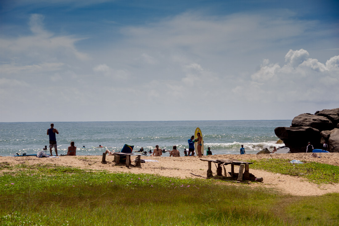 surf-bums-in-sri-lanka-living-the-dream-arugam-bay-2