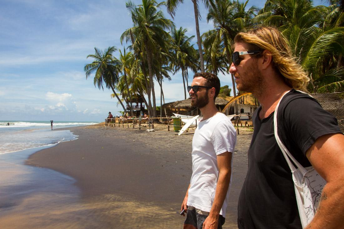 surf-bums-in-sri-lanka-living-the-dream-arugam-bay-7