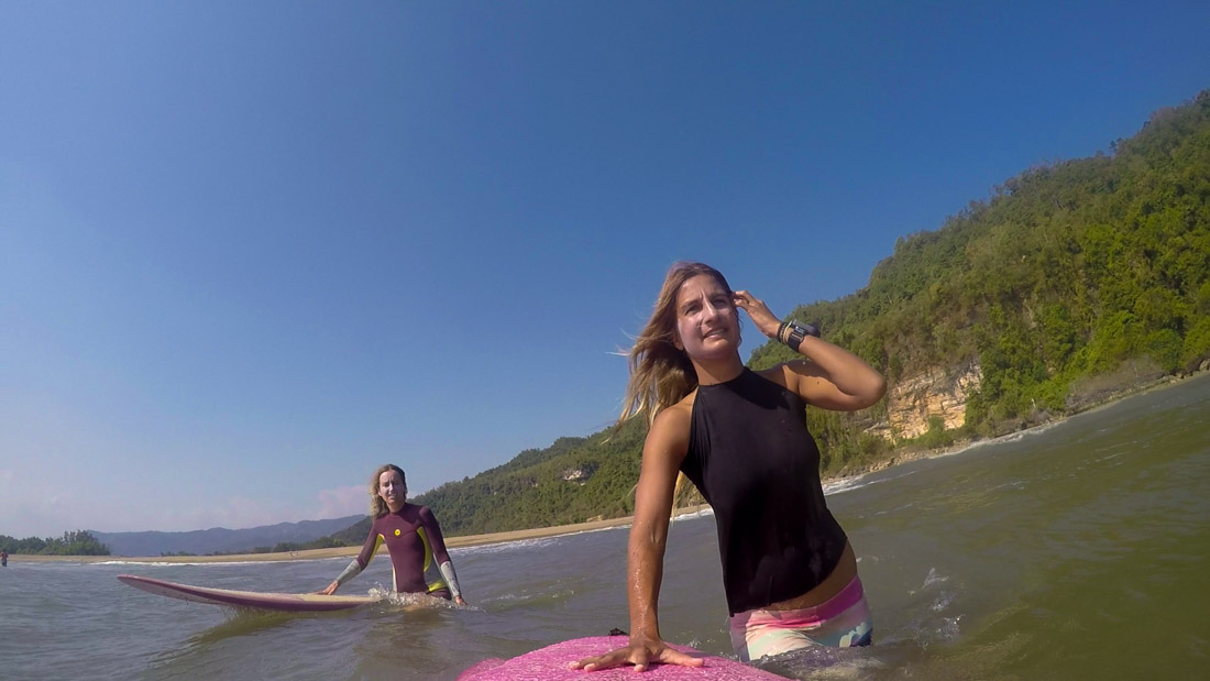 surfing-indonesia-gurfer-surferchicks-surfergirls-love-gopro-hero-1