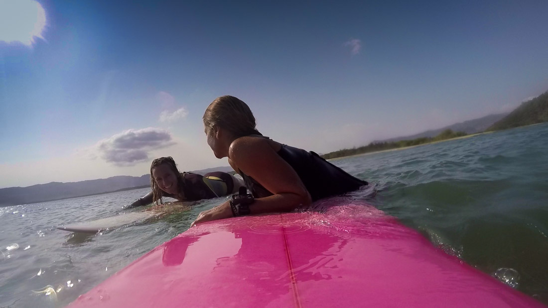 surfing-indonesia-gurfer-surferchicks-surfergirls-love-gopro-hero-4