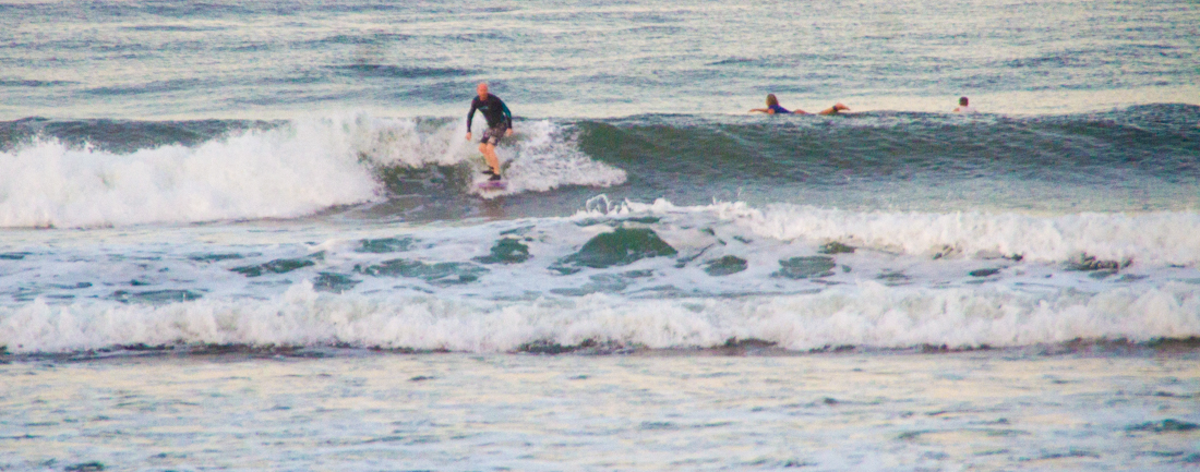 the-sidewalk-secrets-travel-blog-surf-surfing-sunset--3