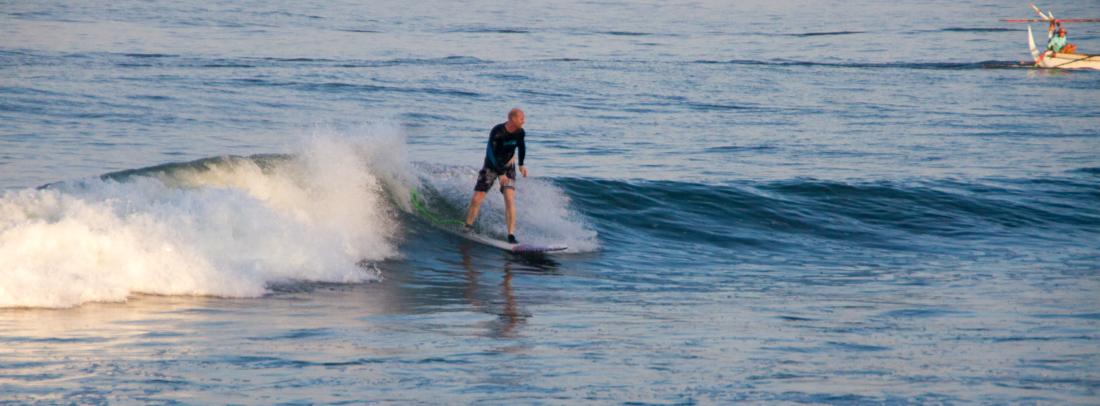 the-sidewalk-secrets-travel-blog-surf-surfing-sunset--6