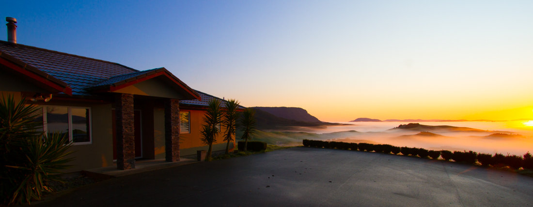 the-sidewalk-secrets-travel-blog-surf-surfing-sunset--8